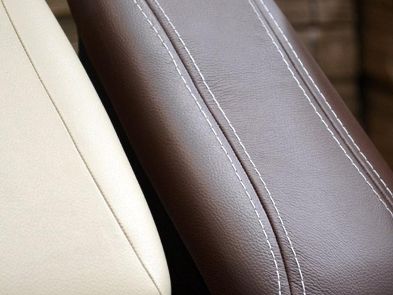 Revestimentos e costuras do apoio de braço automotivo - ARTEFACTUM
